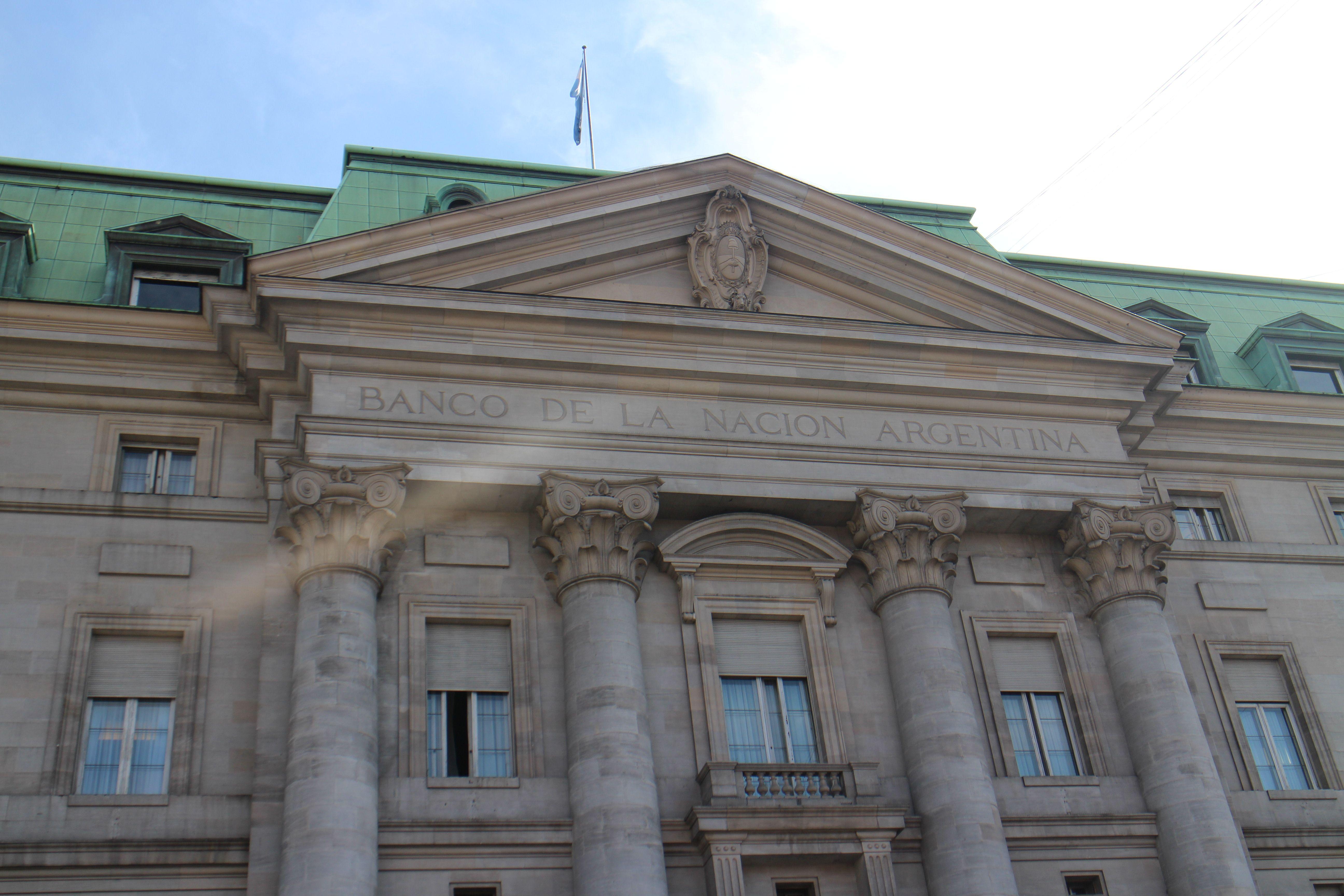 Atención ahorristas: bancos suben tasas de interés para los plazos fijos