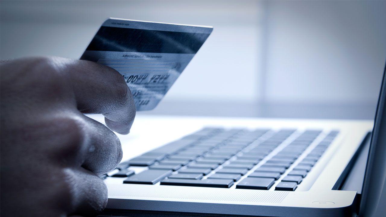 España: se equivocó al hacer una compra online y su error se hizo viral
