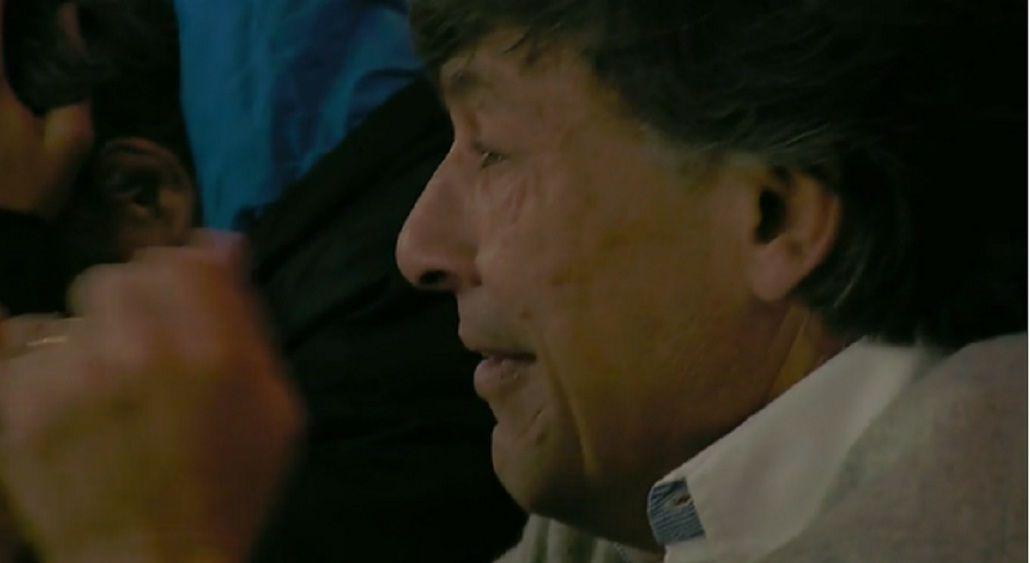 Desgarrador: el llanto desconsolado del DT de Los Pumas tras la derrota