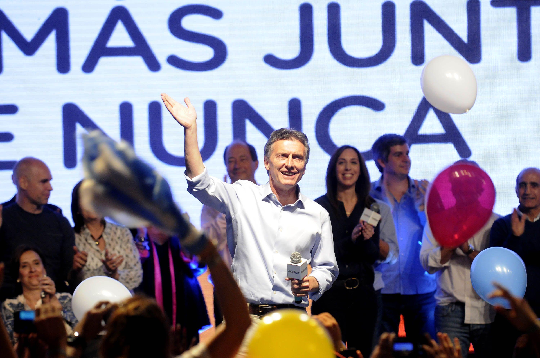 Moreau en Radio 10: Macri es la suma de lo peor del menemismo y el delarruismo