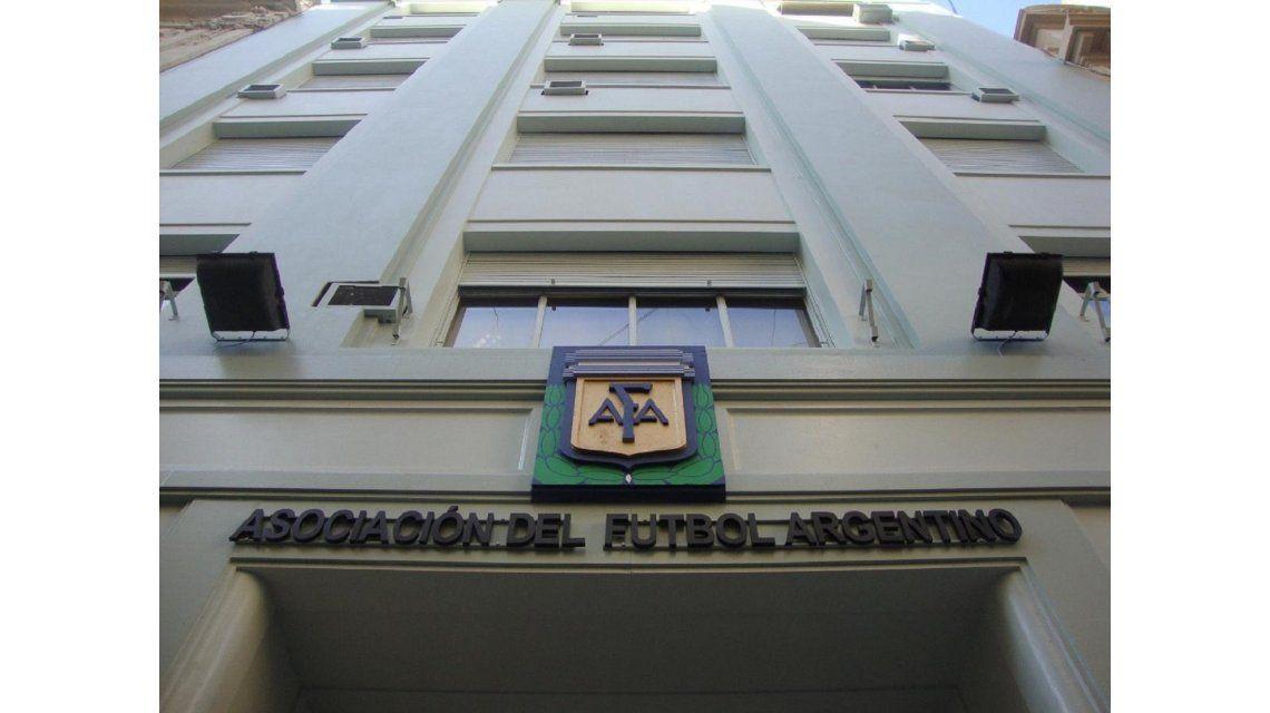 La AFA tendrá una Comisión Normalizadora supervisada por la FIFA