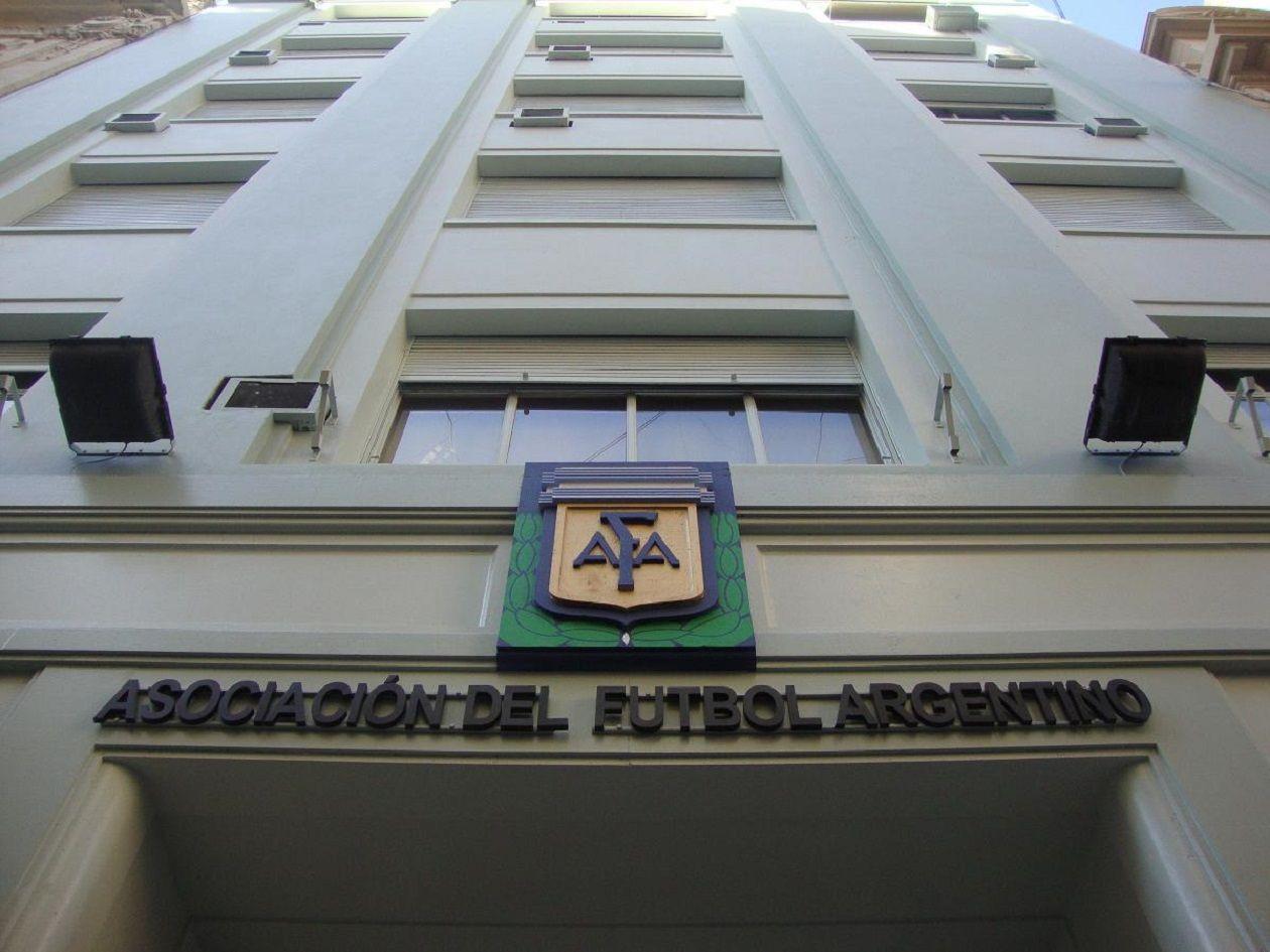 AFA tendrá una comisión normalizadora compuesta por miembros de FIFA y CONMEBOL