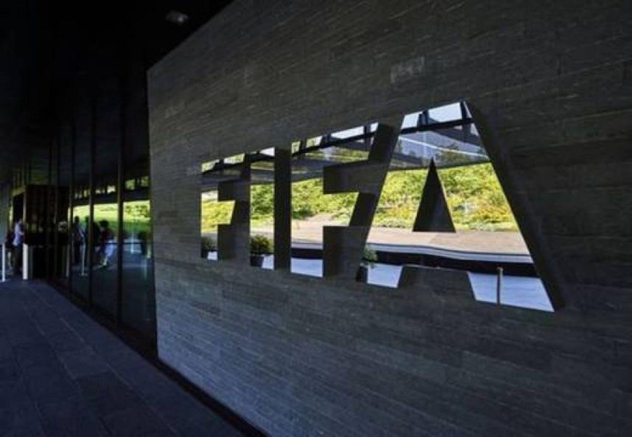 La orden de Servini de Cubría a Dupiellet para que desoiga a la FIFA