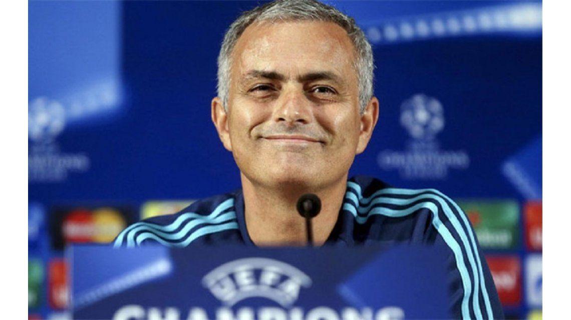 Insólito: el peor equipo del mundo le ofrece trabajo a José Mourinho