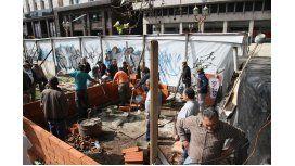 No son combatientes de Malvinas quienes intentan construir en Plaza de Mayo