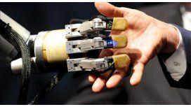 Robots movidos con la mente, drones y realidad virtual en Buenos Aires