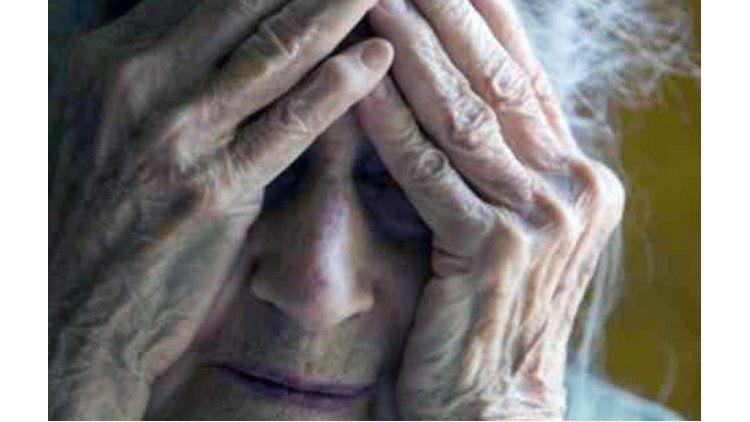 Una anciana de 95 años fue violada por su propio hijo