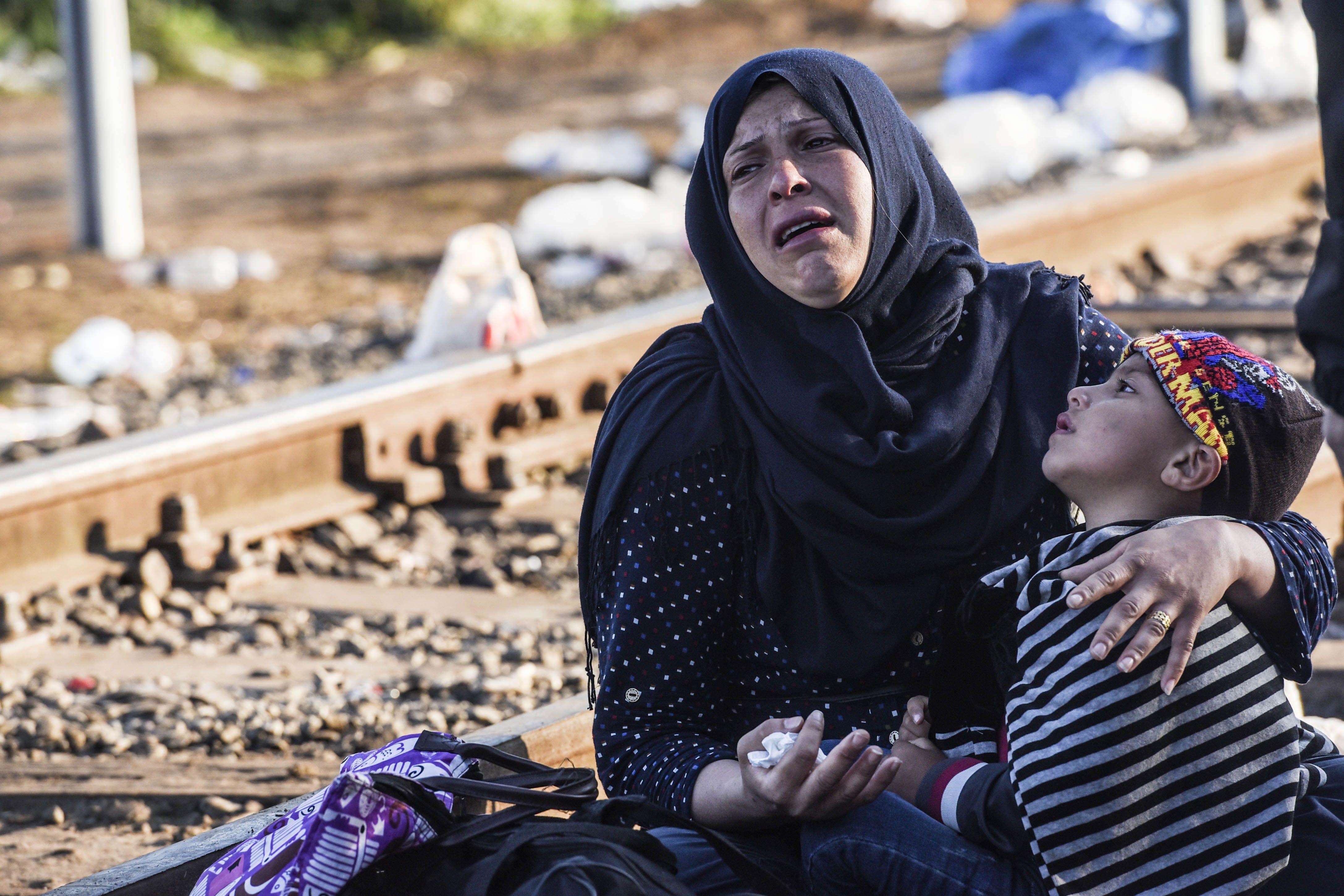 Polémica: Alemania confisca dinero y bienes a los refugiados que recibe