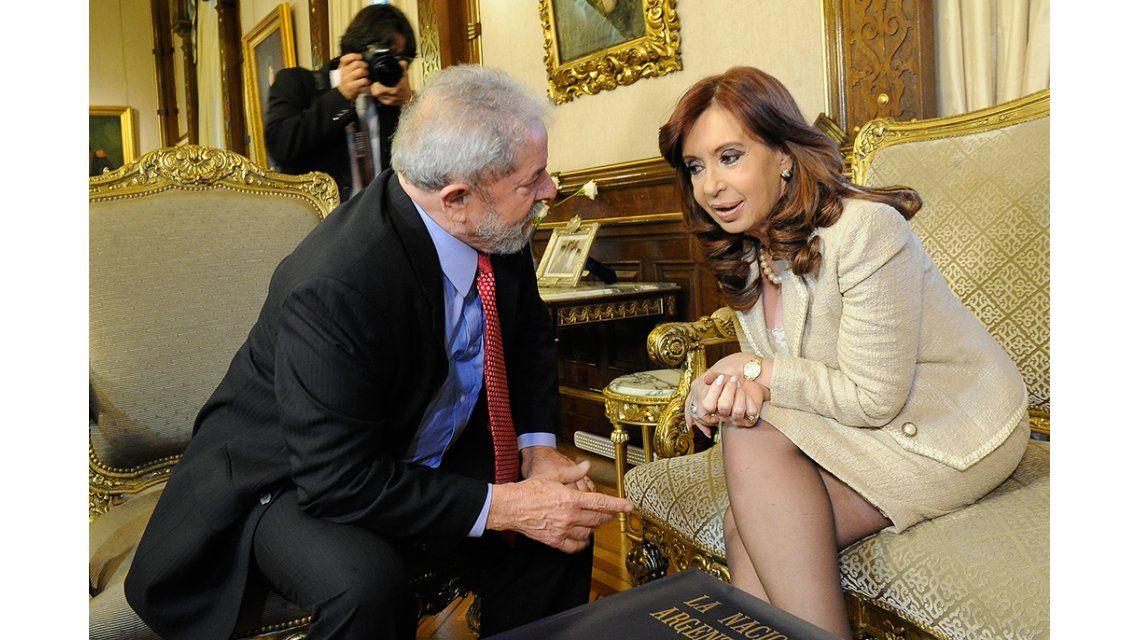 Cristina expresó su apoyo a Lula: Intentan destruir su imagen