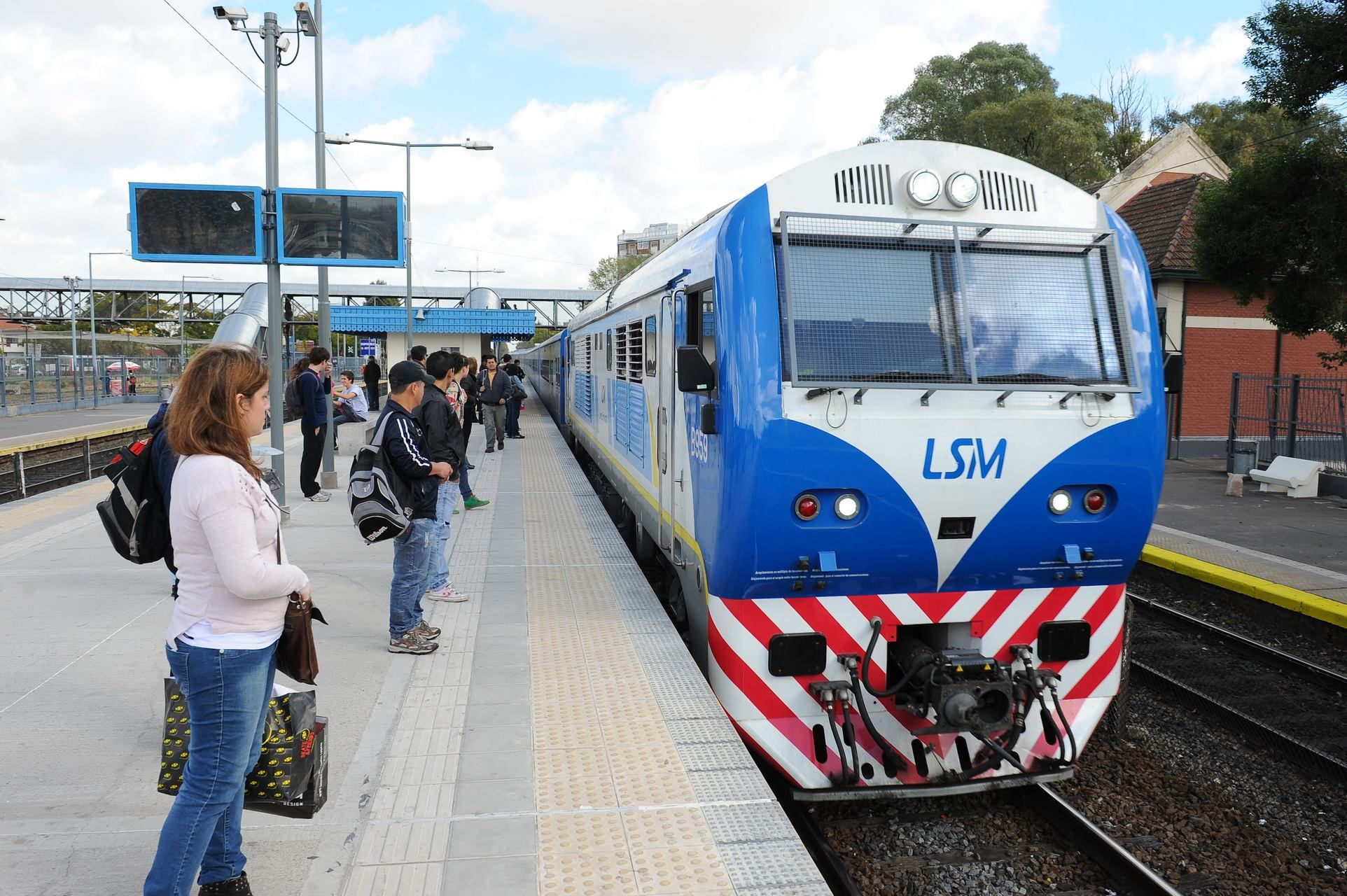 Línea San Martín.