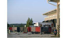 Arrestaron a cuatro sospechosos vinculados con el camión donde murieron 71 refugiados en Austria