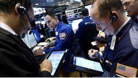Wall Street y bolsas europeas se hundieron hasta 4