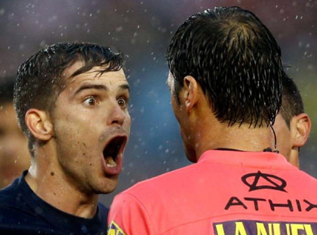 #GagoSeQuejaEnLugares: el volante de Boca dijo que hace gestos hasta en la casa