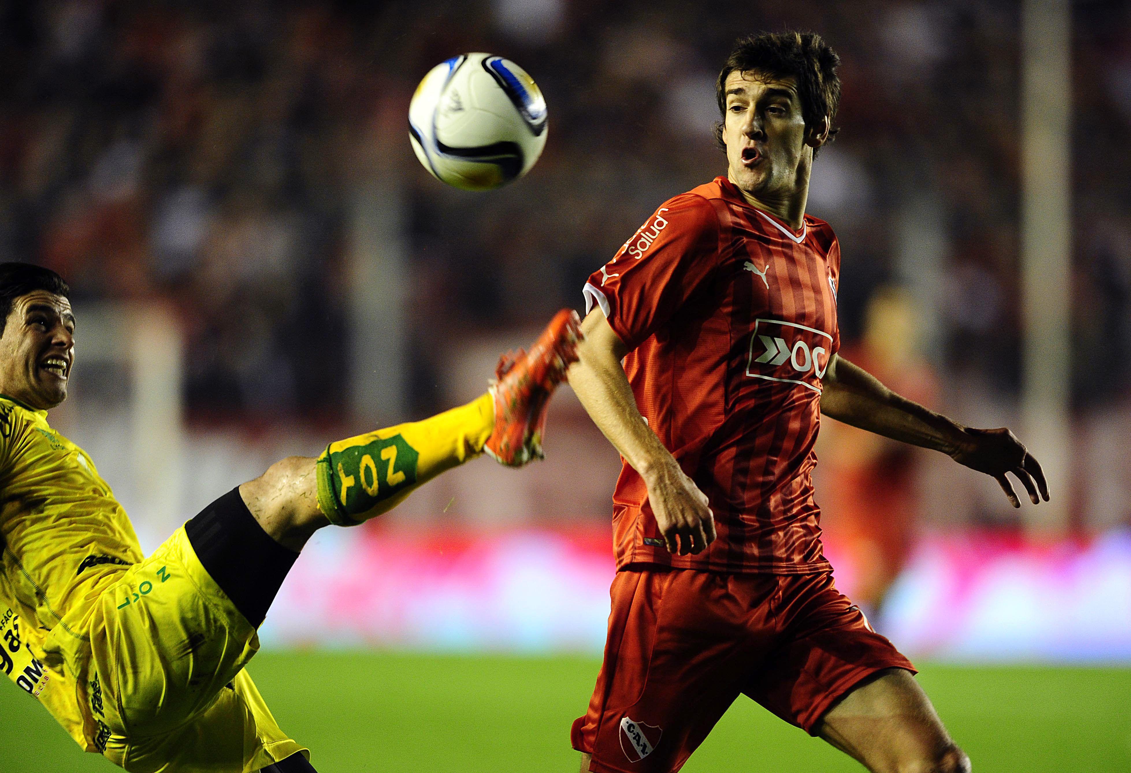 Independiente extendió su buena racha y se ilusiona con el campeonato
