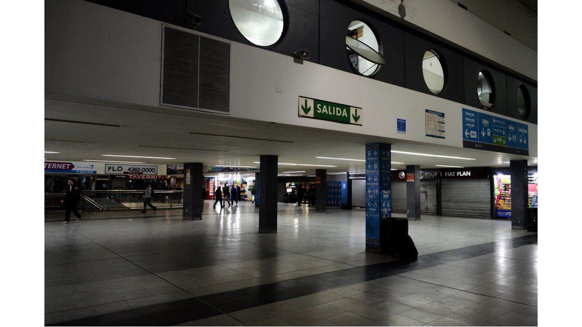 Tras el paro que afectó a miles de pasajeros, vuelve a funcionar el Sarmiento