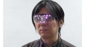 Inventan gafas que impiden el reconocimiento facial en fotos