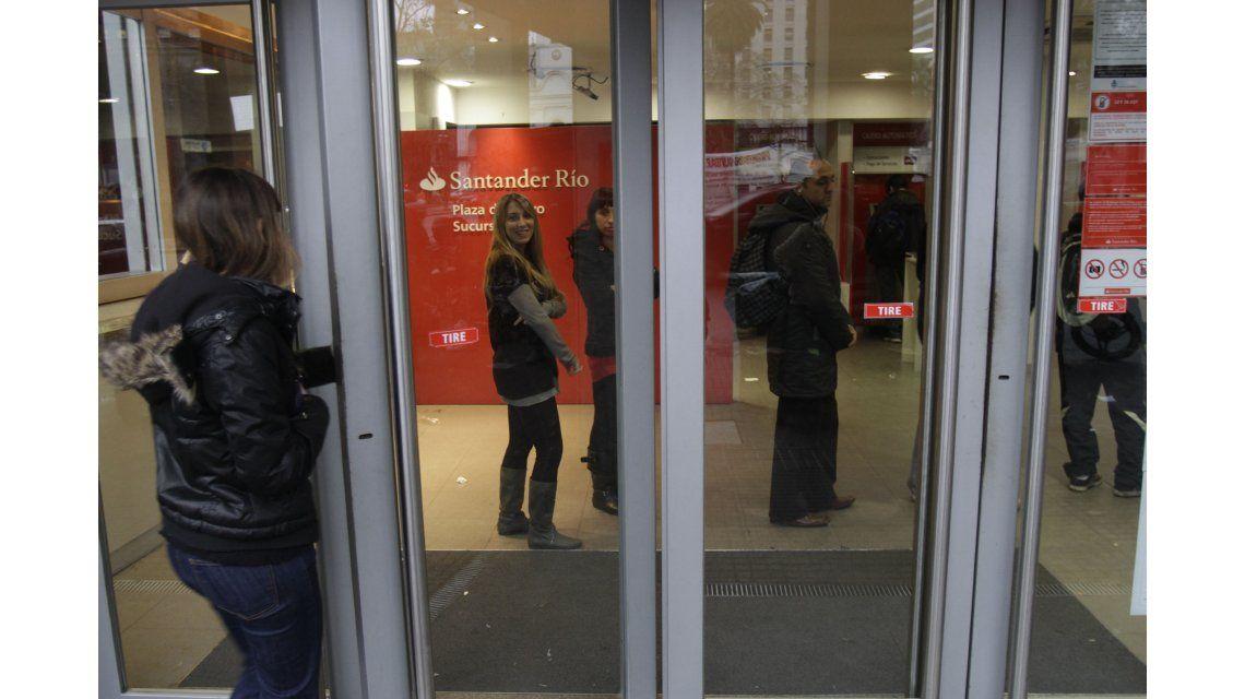 Amenazan con otro paro bancario de 48 horas para la semana próxima