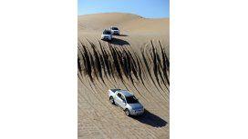 Ford deja que los turistas prueben sus 4x4 por las playas de Cariló