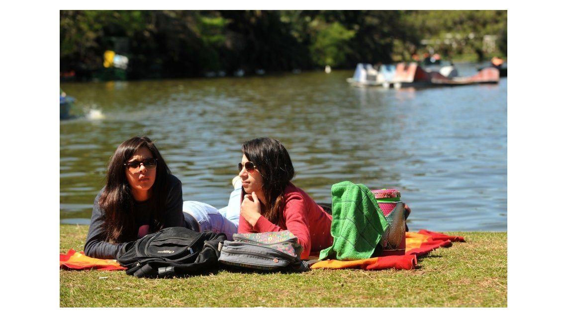 Domingo soleado y con calor en la Ciudad y alrededores