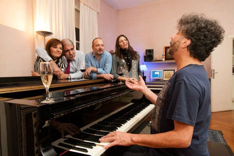 Con una cena en su casa, Fito Páez apoyó la fórmula Aníbal-Sabbatella