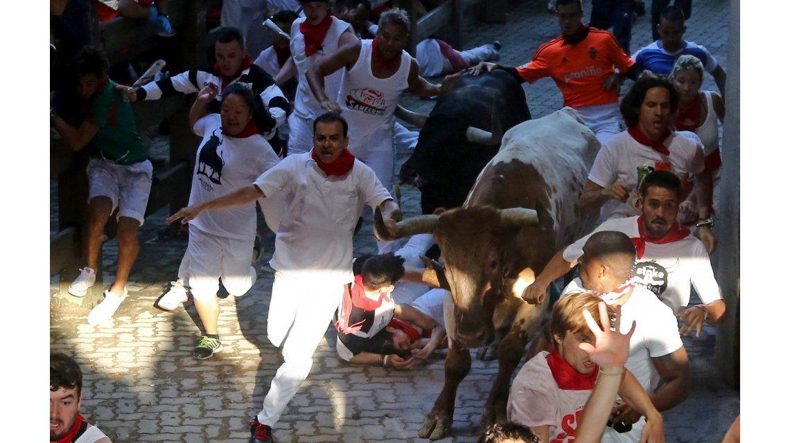 Una joven francesa denunció que fue víctima de una violación colectiva en San Fermín