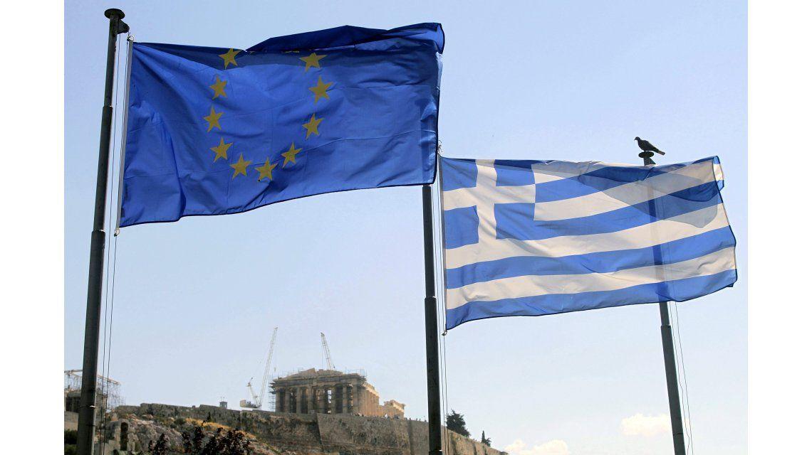 Aprueban nuevo rescate a Grecia por € 10.300 M