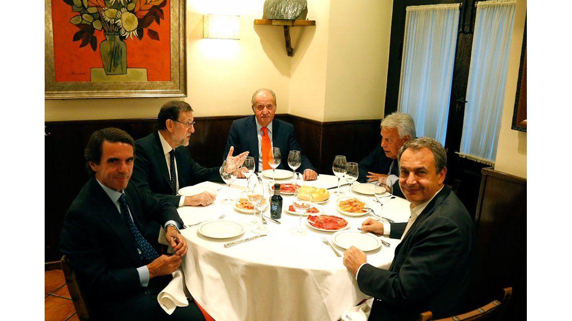 En España, oficialistas y opositores compartieron una cena ejemplar