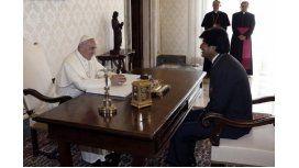 El Papa pidió mascar hojas de coca en Bolivia