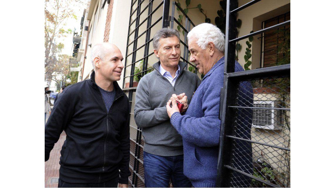 Macri se sumó a la campaña de Larreta y tocaron timbre por Palermo