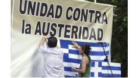 Europa dejará de ayudar a Grecia en respuesta al pedido de referéndum