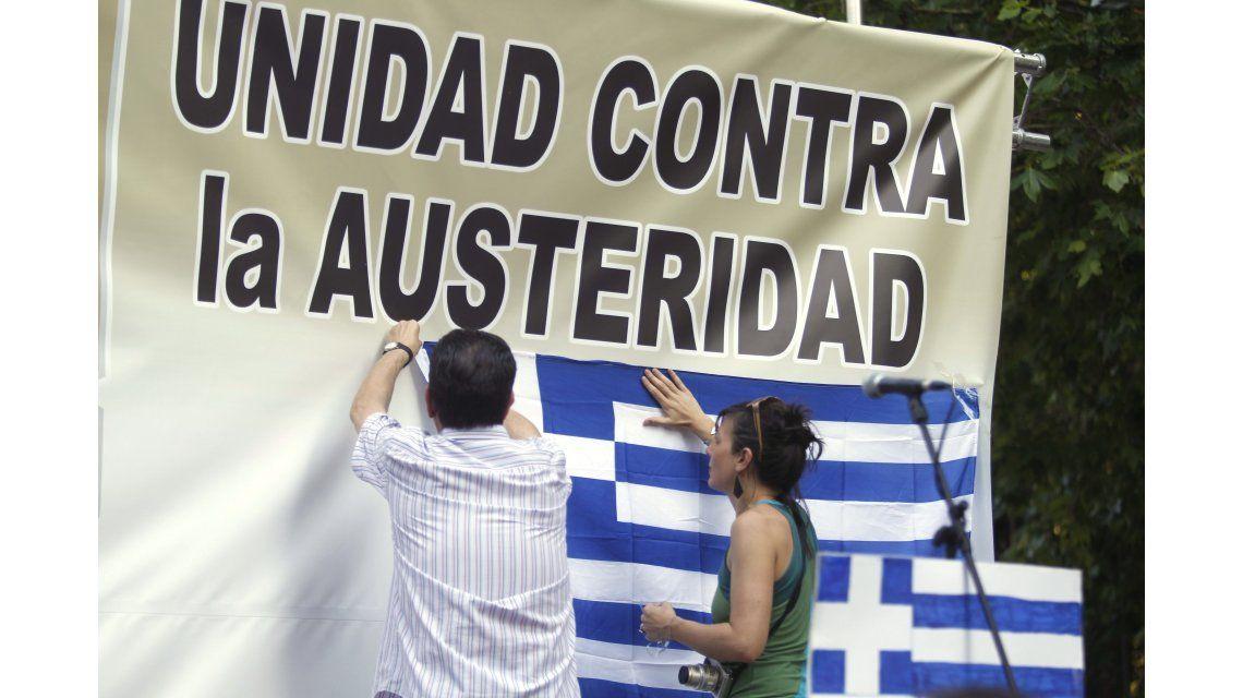 Europa pone fin a la ayuda a Grecia en respuesta al pedido de referéndum