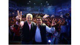 Domínguez y Espinoza lanzaron su fórmula con críticas a la oposición