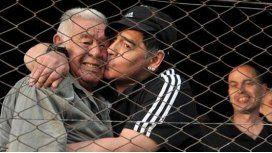 El dolor de los famosos por la muerte de Don Diego Maradona