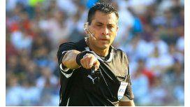 Un chileno dirigirá el último partido de la Selección en el Grupo B