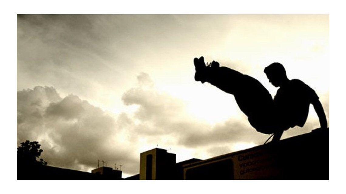 Un joven murió tras caerse mientras practicaba Parkour