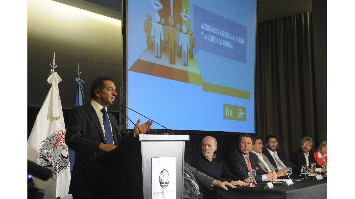 Ante magistrados y funcionarios, Scioli destacó las políticas judiciales