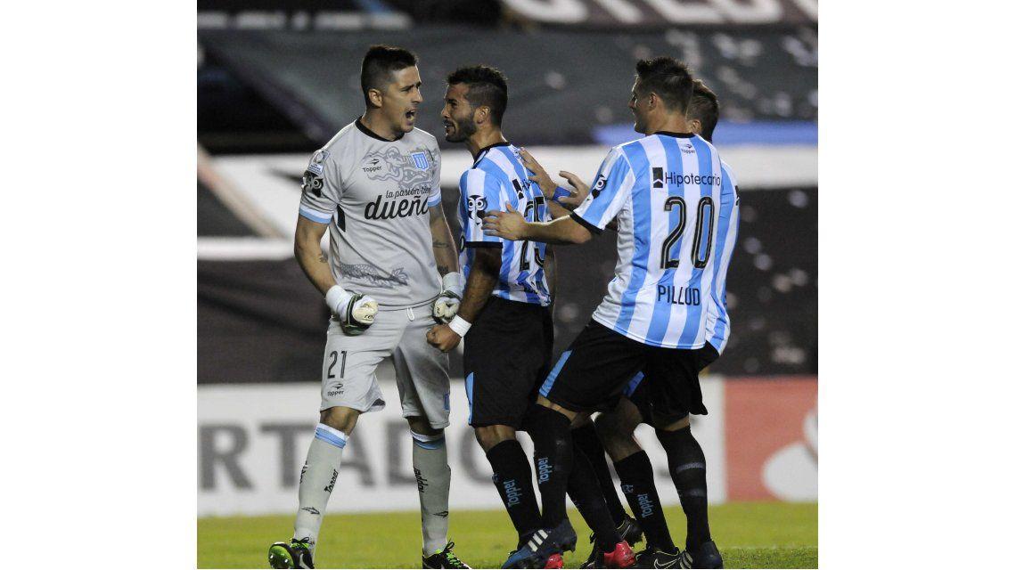 A lo Barovero contra Boca: Ibáñez se vistió de héroe y tapó un penal apenas entró
