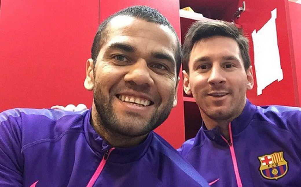 ¿Dani Alves quiso volver a Barcelona antes de pegarle a los dirigentes?