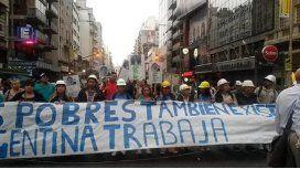 Organizaciones sociales cortaron por dos horas Corrientes y Callao