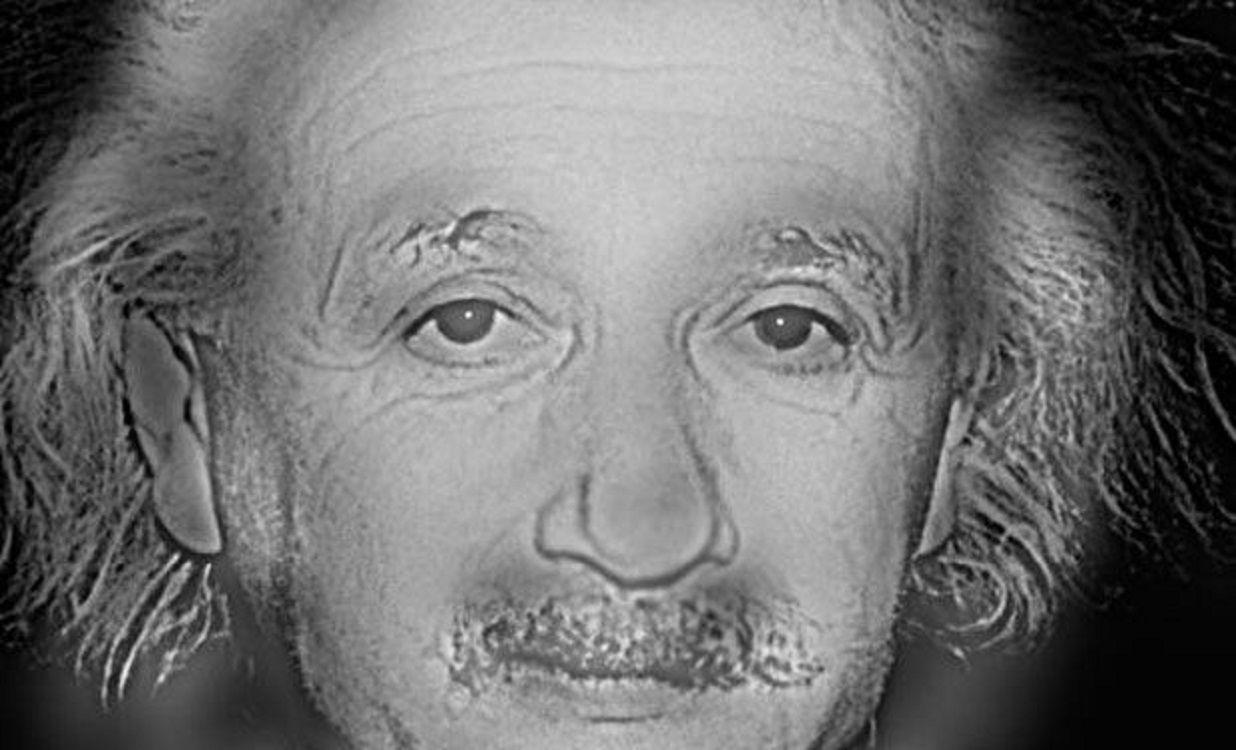 Resultado de imagen para Con esta simple prueba sabrás si necesitas lentes o no