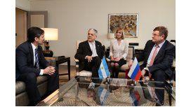 Argentina firmó un acuerdo minero con Rusia para intercambio científico
