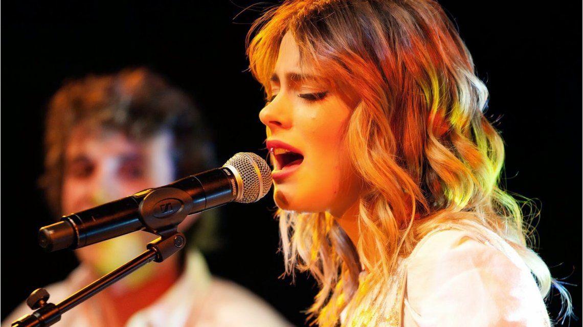 Tini Stoessel anunció que dará un show en Buenos Aires
