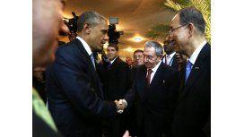 Castro busca un acercamiento con Obama