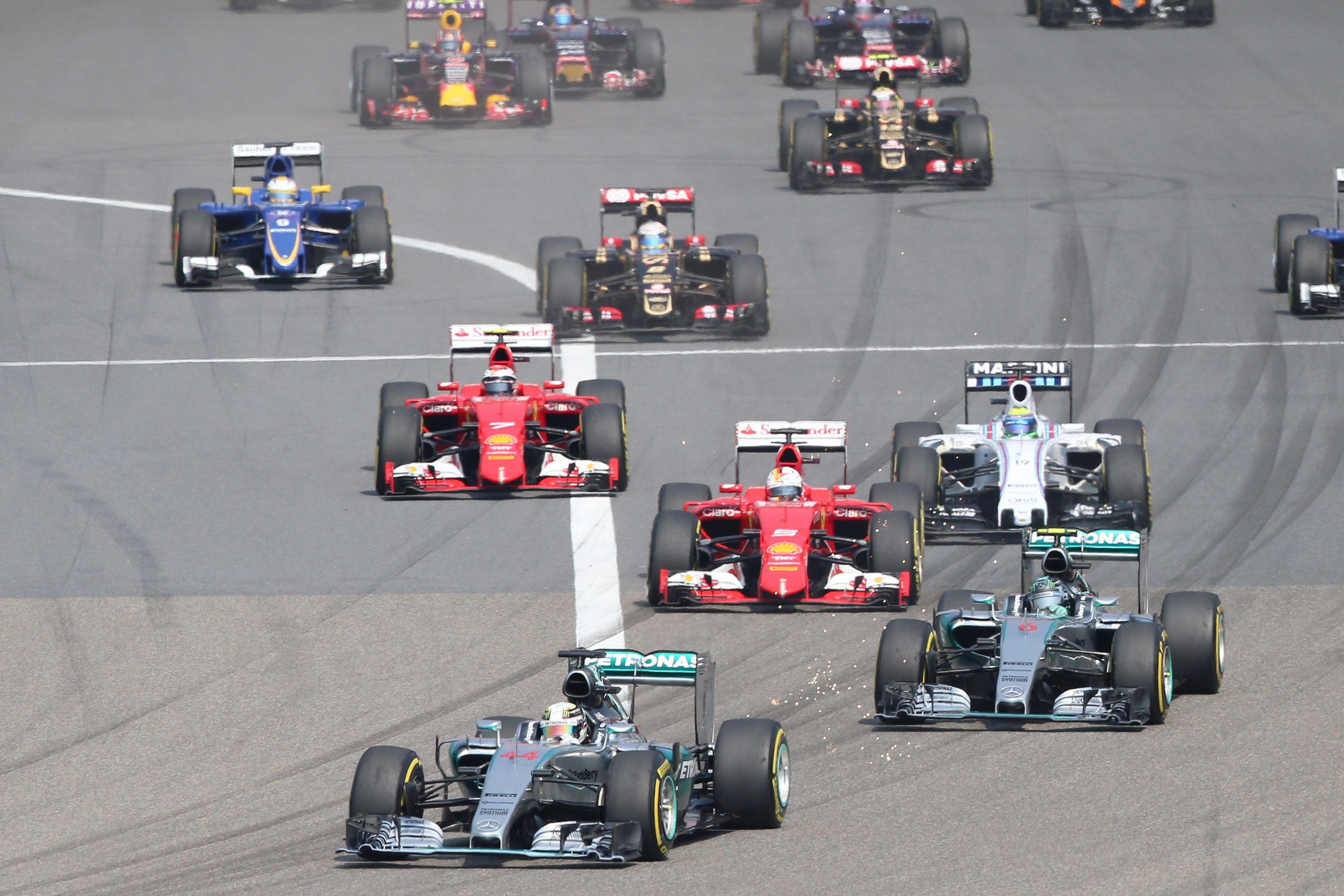 GP de China: ganó Hamilton en una carrera dominada por los Mercedes