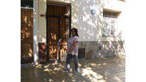 En la calle General Paz, a media cuadra de la plaza Santa Lucía, se encuentra la casa donde jugaron al juego de la copa. Foto: gentileza Diario de Cuyo.