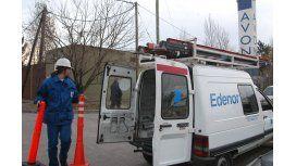 Detectan conexiones eléctricas clandestinas en un country de Moreno