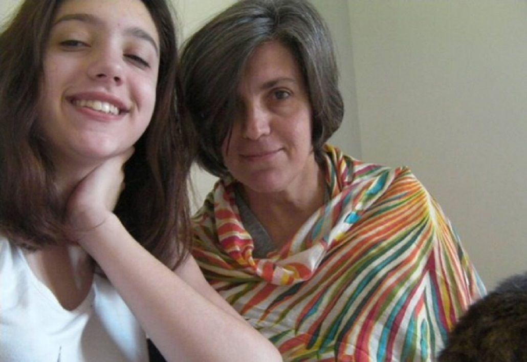 Lola Chomnalez y su mamá