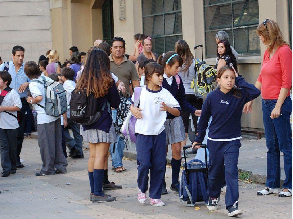 Estiman en un 28% la suba de cuotas de colegios privados bonaerenses