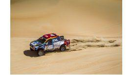 El equipo Oil C5N arrancó su duro camino en el rally de Abu Dhabi