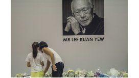 Murió a los 91 años el fundador de Singapur